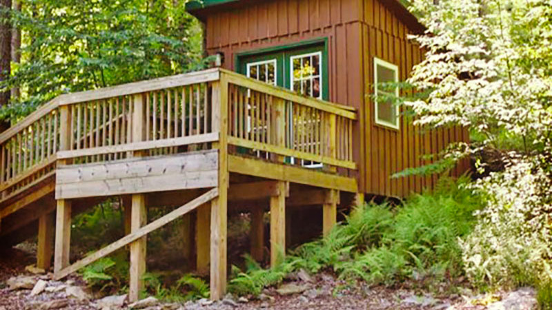 Campers Paradise Bunkhouse Camp Site