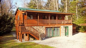 Campers Paradise Big Sky Cabin in PA